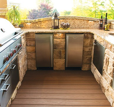 Outdoor Kitchen With Countertop