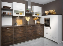 Straight Modular Kitchen by Earthen Roots